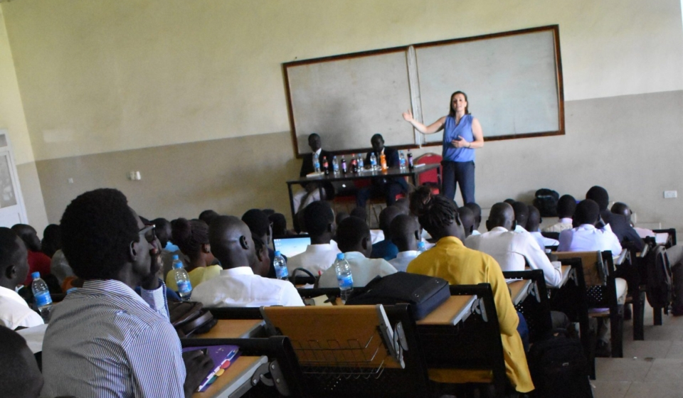 Dr. Shelly Whitman, Executive Director of the Dallaire Institute, provides a lecture on International Humanitarian Law to senior-year law students at the University of Juba (June 2019).